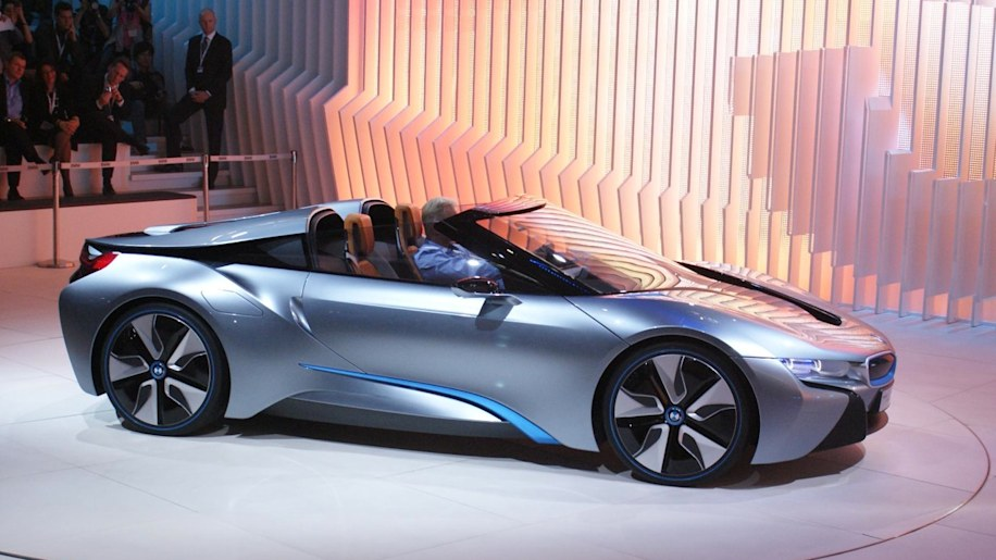 BMW i8 Spyder takes to the stage bearing eDrive name - Autoblog