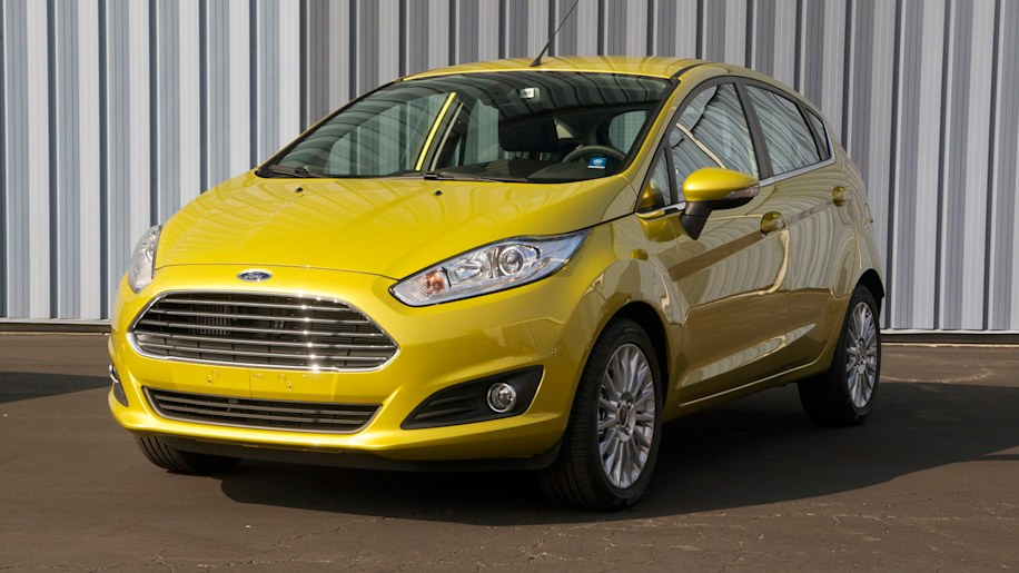 Ford Fiesta 1.0-liter Ecoboost front three-quarter