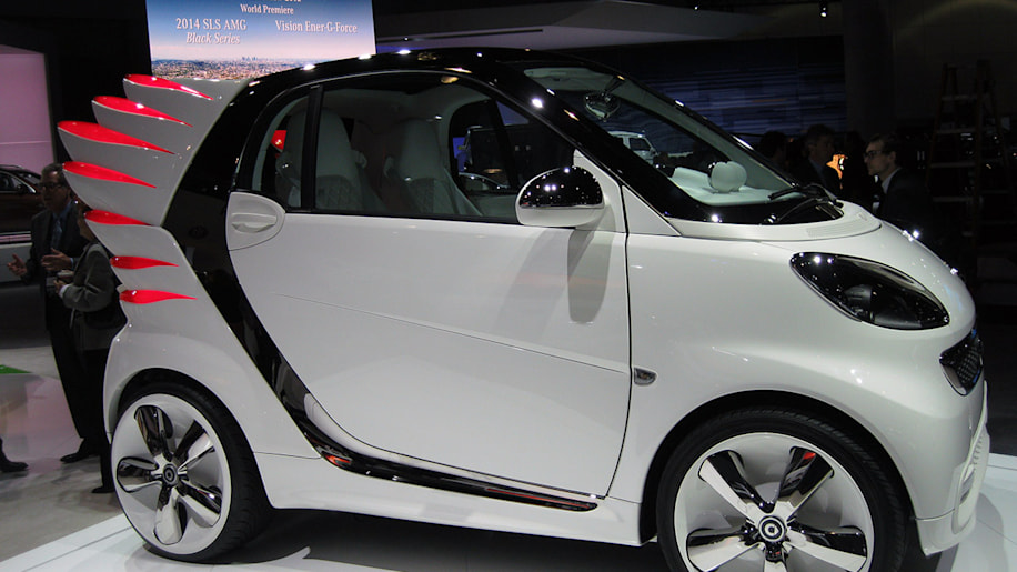 Jeremy Scott Smart ForTwo ForJeremy EV side