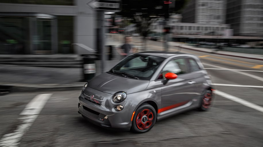Fiat 500e $199 lease deal sounds great is nearly