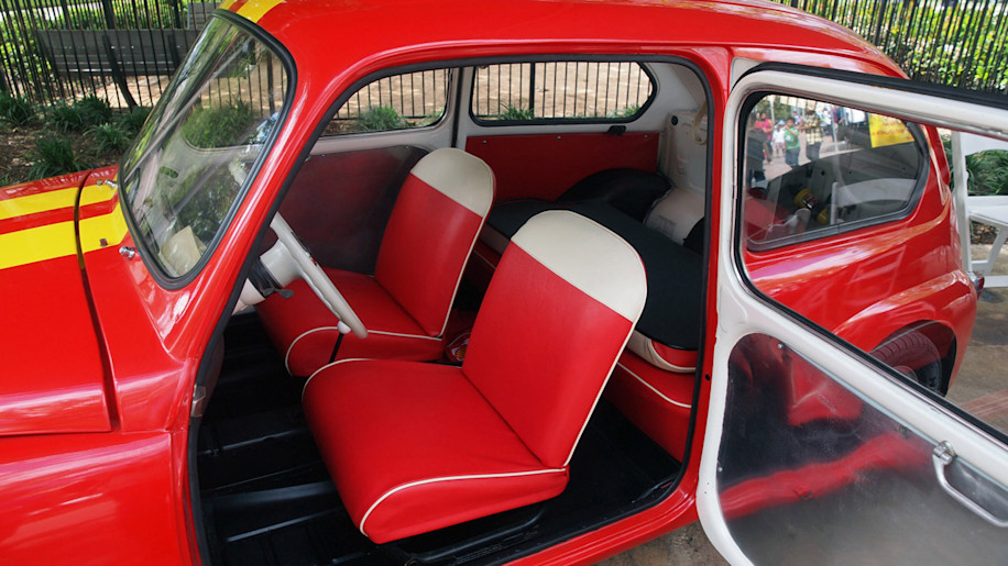 shell eco marathon 1959 fiat 600 brings hypermiling history to houston autoblog. Black Bedroom Furniture Sets. Home Design Ideas