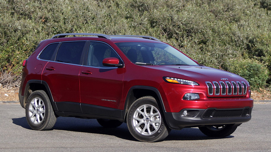 motion jeep cars front trailhawk long update cherokee term in view