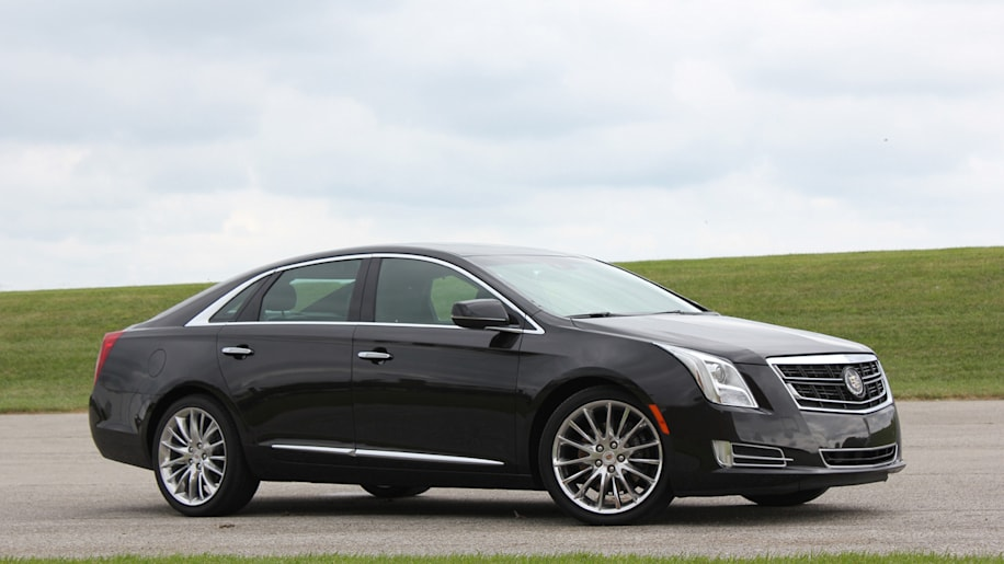 2014 cadillac xts vsport autoblog. Black Bedroom Furniture Sets. Home Design Ideas
