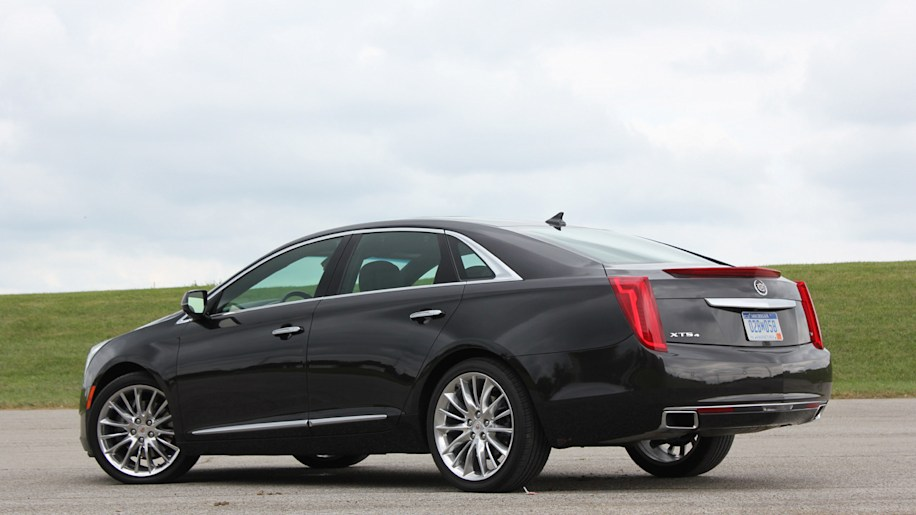 2014 cadillac xts vsport quick spin sep 19 2013 photo gallery autoblog. Black Bedroom Furniture Sets. Home Design Ideas