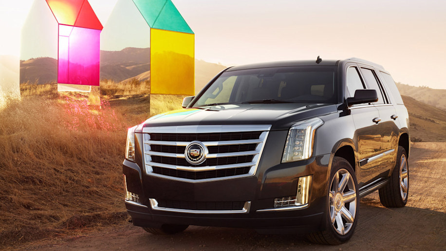 2015 cadillac escalade is exactly what you expect w video autoblog. Black Bedroom Furniture Sets. Home Design Ideas