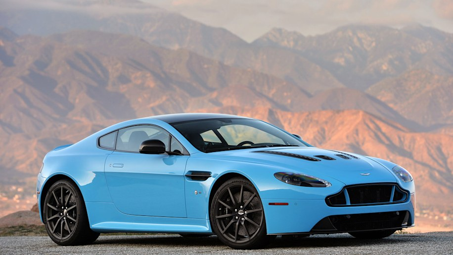 2014 aston martin v12 vantage s first drive photo gallery. Black Bedroom Furniture Sets. Home Design Ideas