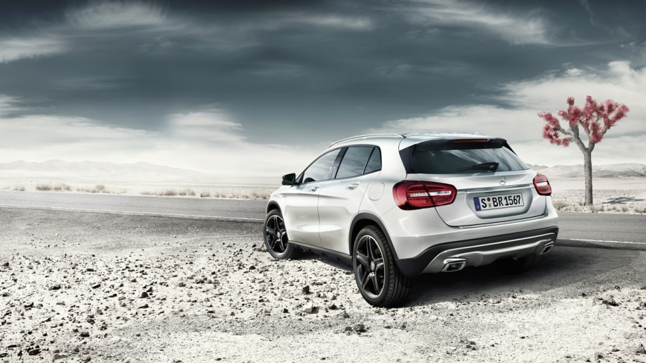 mercedes gla launching with edition 1 model autoblog. Black Bedroom Furniture Sets. Home Design Ideas
