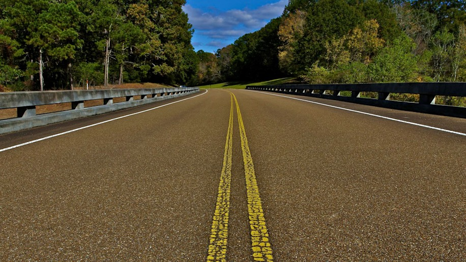 Chris Tutor (Social Media Manager, Autoblog): The Natchez Trace Parkway