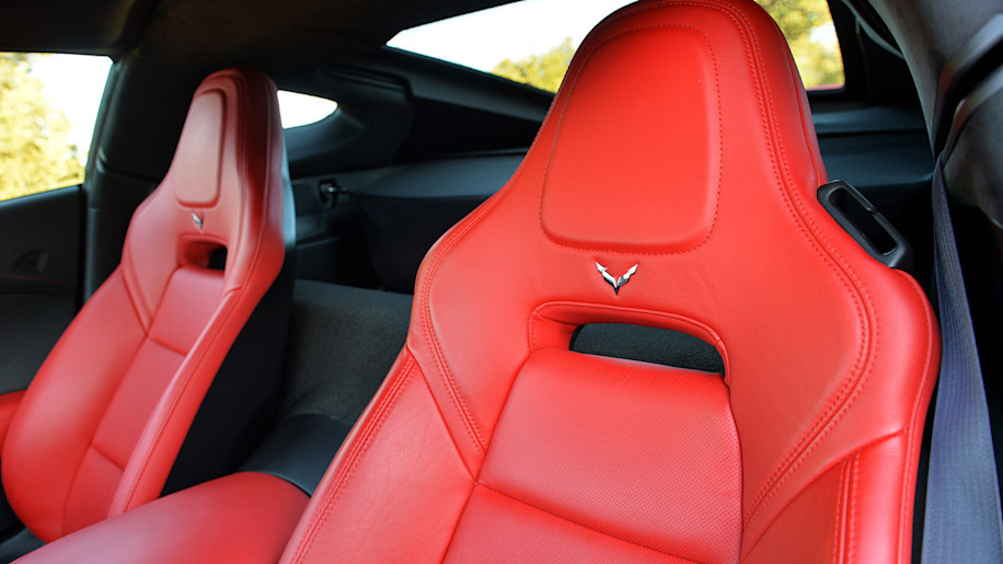 Chevy Corvette Stingray, Silverado named 2014 North American Car and Truck/Utility of the Year
