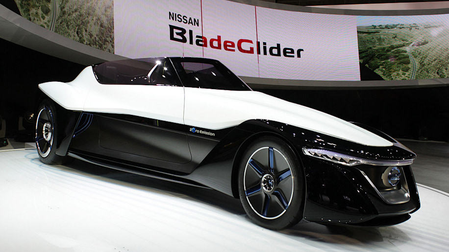 Nissan BladeGlider Concept shows its inner DeltaWing
