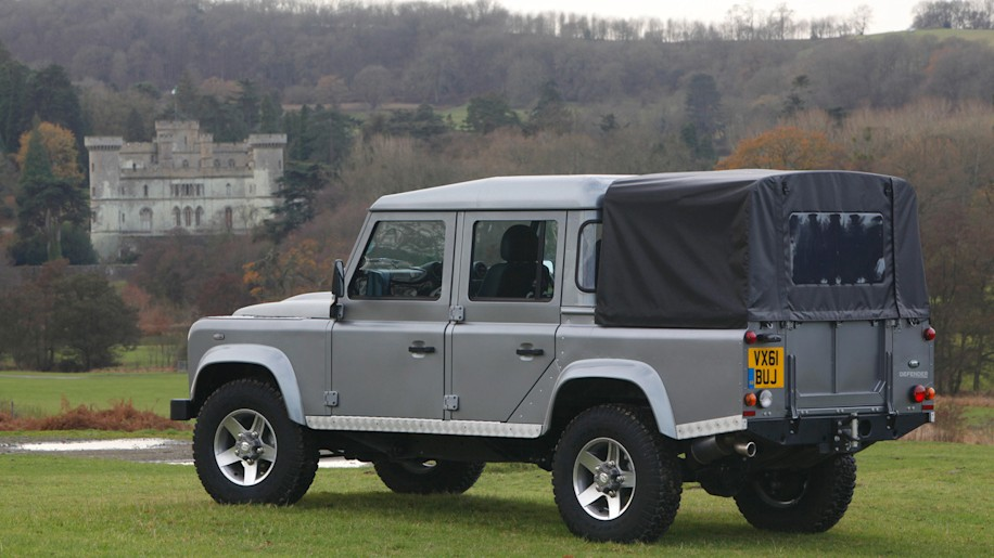 Land Rover Defender pickup coming in 2017? - Autoblog
