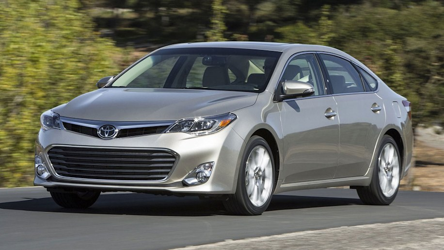 Large Car: Toyota Avalon Hybrid