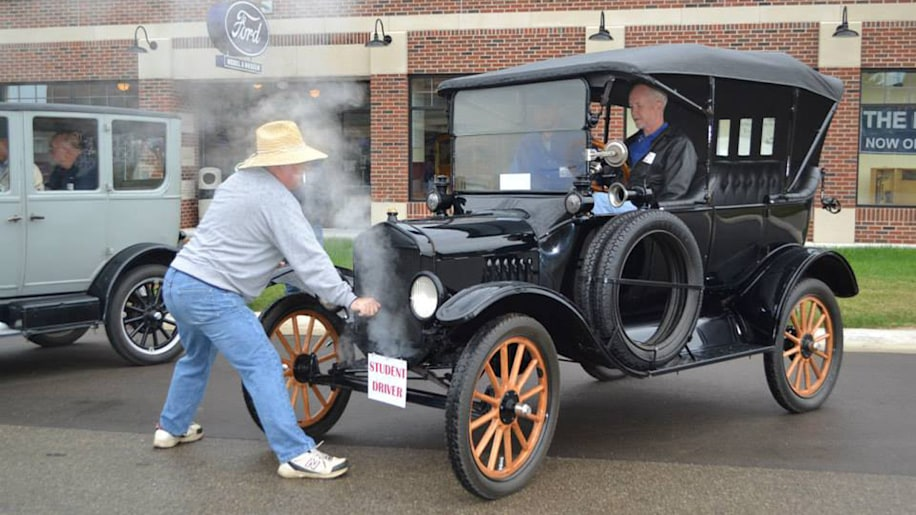 Michigan museum offers Model T driving classes