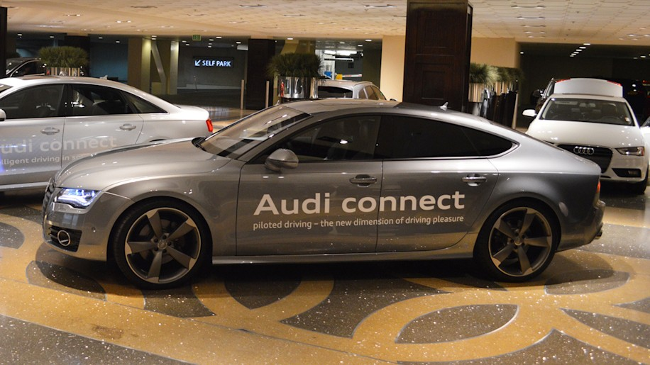 We demo Audi's Traffic Jam Assistant tech on the road [w/video]