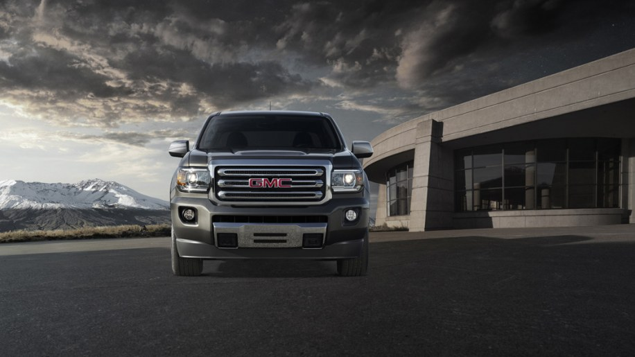 2015 GMC Canyon is a Chevy Colorado in Sierra clothing [w/video] - Autoblog