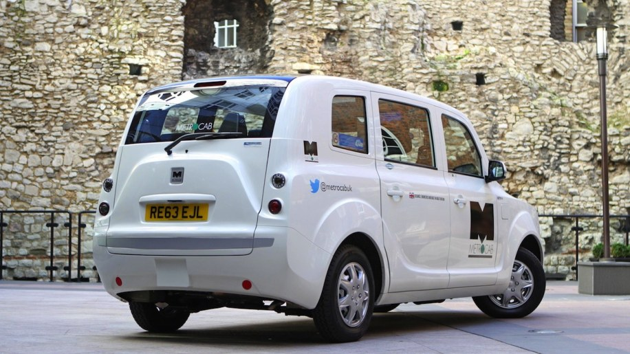 Extended Range Metrocab Taxi Will Do 75 Mpge Through