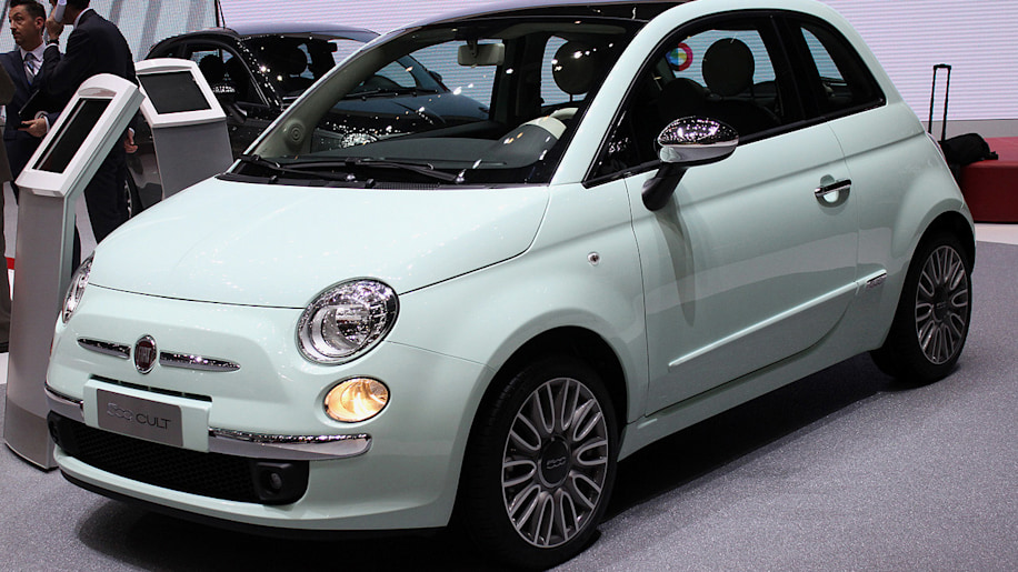 The Fiat 500 Cult Celebrates The Little Car S Success With