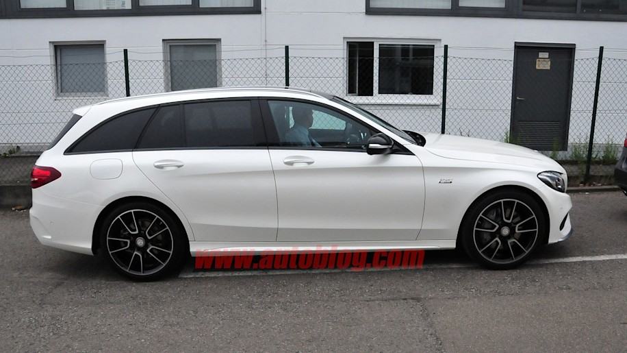 Mercedes 39 amg sport line to spread across lineup autoblog for Mercedes benz financial credit score