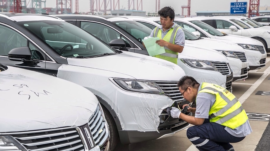 Lincoln's first shipment of cars arrives in China