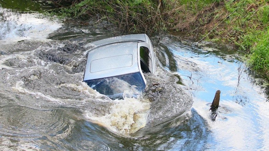 Car off a bridge (or otherwise sinking in water)
