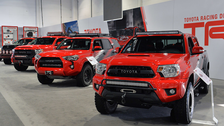 Toyota TRD Pro Chase Trucks: SEMA 2014 Photo Gallery ...