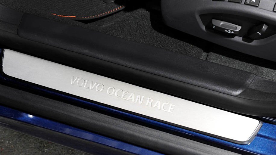 Volvo Certified Pre Owned >> 2015 Volvo Ocean Race XC60 priced from $42,100* - Autoblog