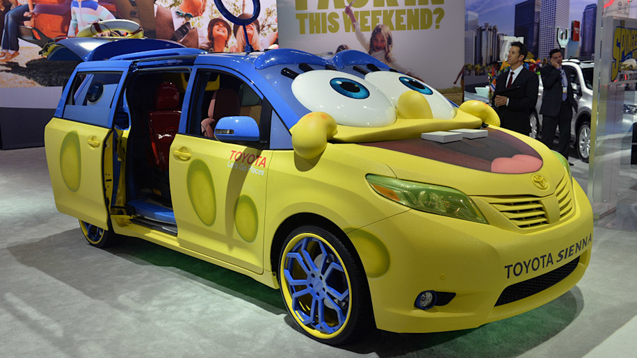 2015 Toyota Sienna goes overboard to promote a SpongeBob movie ...