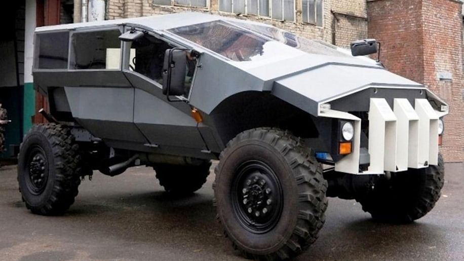 Russian military commissions bizarre off-road troop carrier