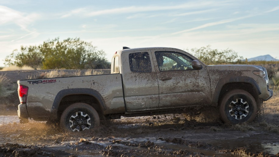 2016 toyota tacoma 02 1 2016 toyota tacoma access cab revealed along with more details  at gsmx.co
