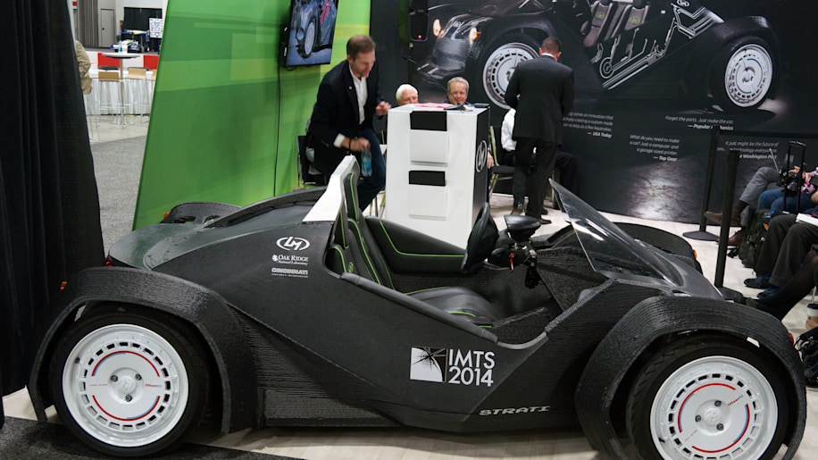 Local motors builds strati the world 39 s first 3d printed for Local motors 3d printed car