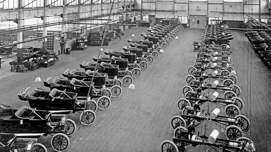 5. Ford Was So Miserly He Scavenged Junkyards For Model T Parts For Use In Production