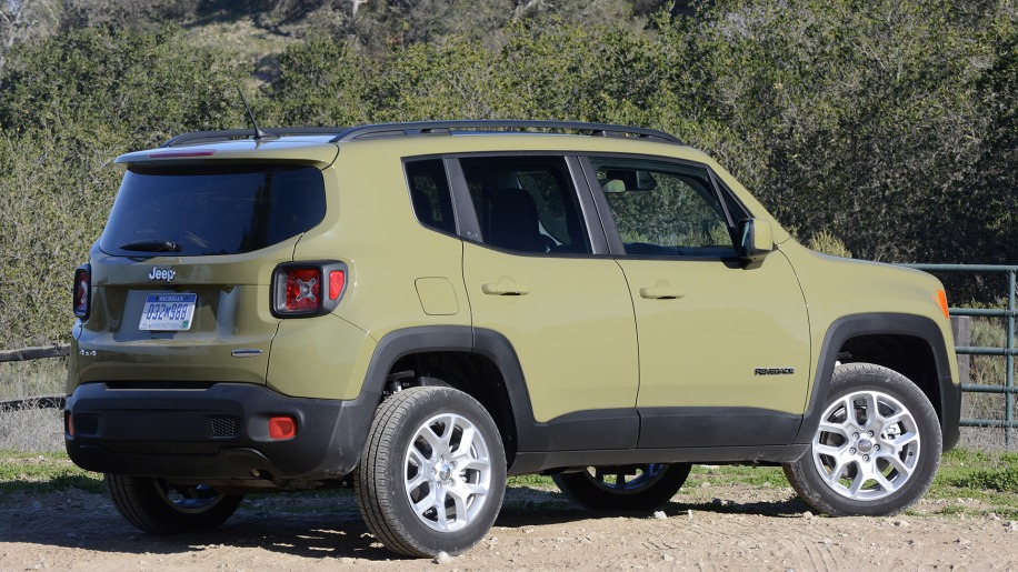 jeep renegade and fiat 500x finally on the way to dealers autoblog. Black Bedroom Furniture Sets. Home Design Ideas