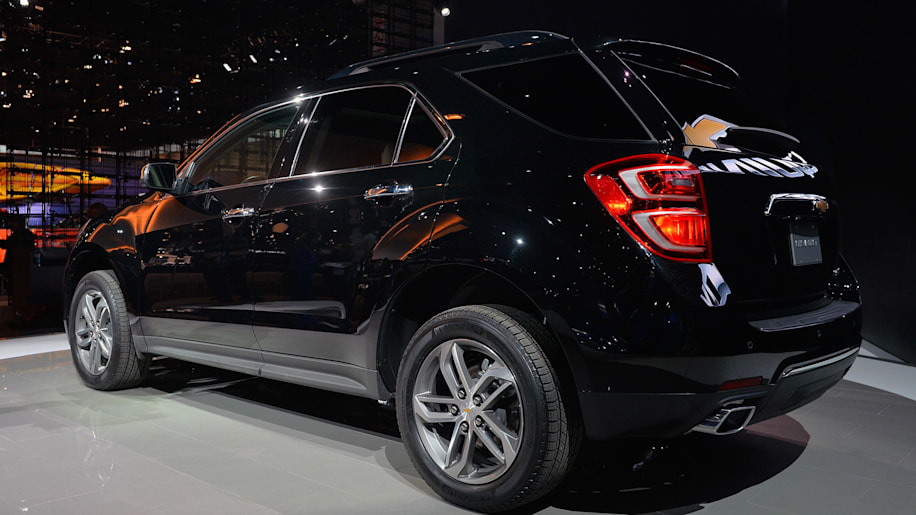 2016 Chevy Equinox brings its revised face to Chicago ...