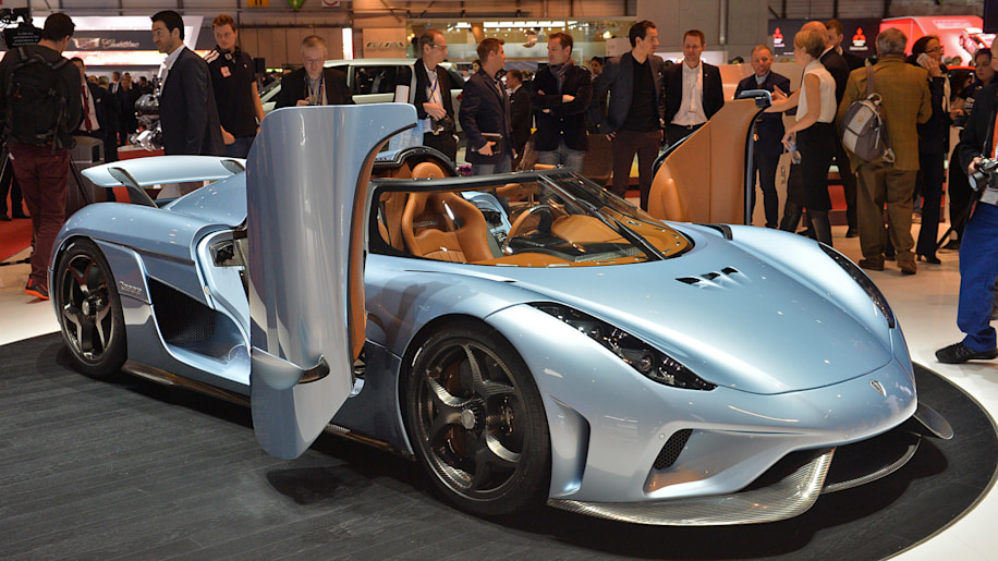 Koenigsegg charges forward with 1,500-hp Regera hybrid hypercar [w/video]