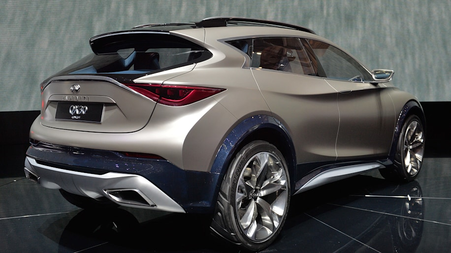 infiniti qx30 concept is a mountain lion that stings autoblog. Black Bedroom Furniture Sets. Home Design Ideas