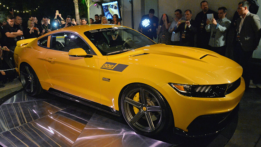 2015 Saleen 302 Black Label Mustang unveiled with 730 horsepower ...