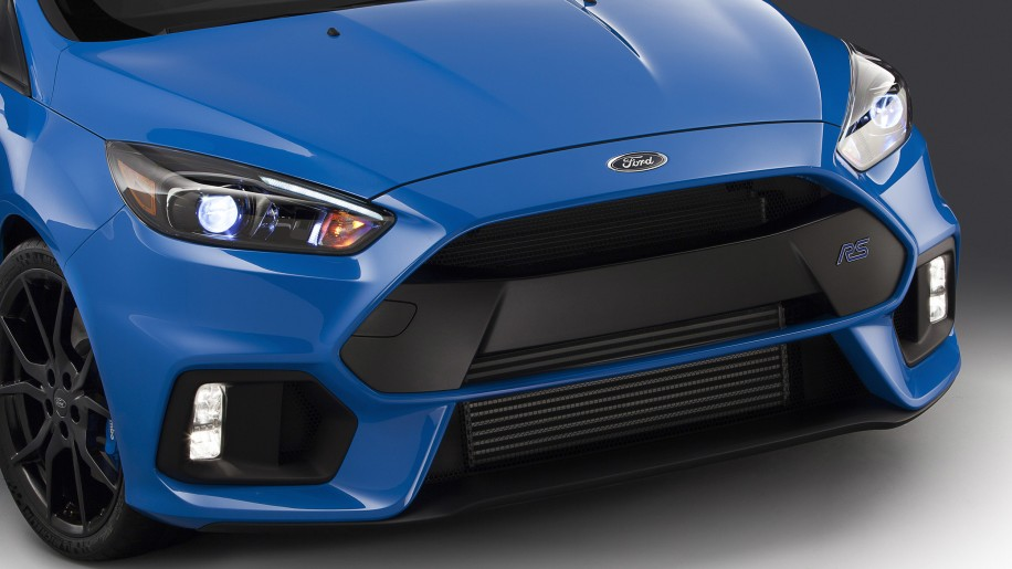 2016 ford focus rs photo gallery autoblog. Black Bedroom Furniture Sets. Home Design Ideas