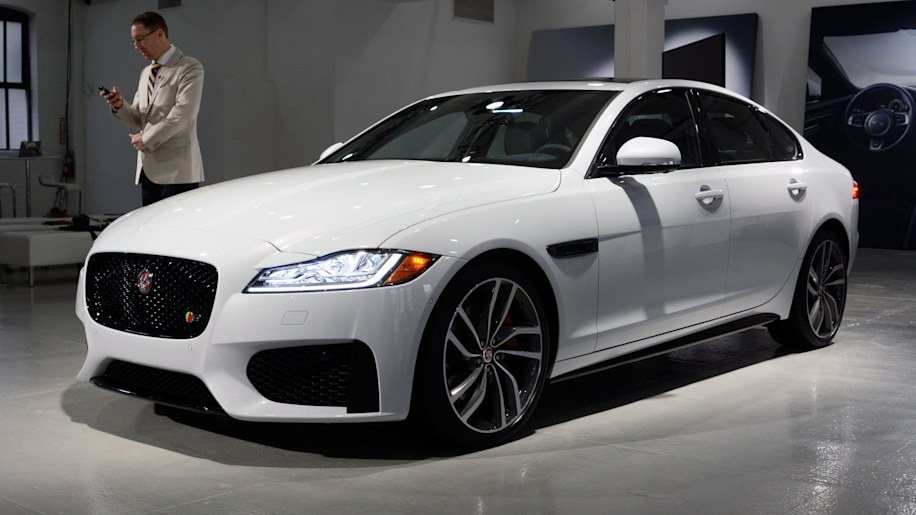 Jaguar Xf To Hit Mph In Seconds Lead With Cutting Edge