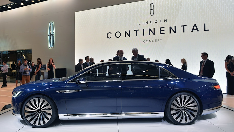 Lincoln Continental Concept has arrived on the New York stand