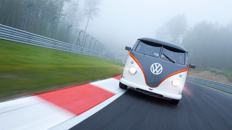 vw t1 race taxi photo gallery autoblog. Black Bedroom Furniture Sets. Home Design Ideas
