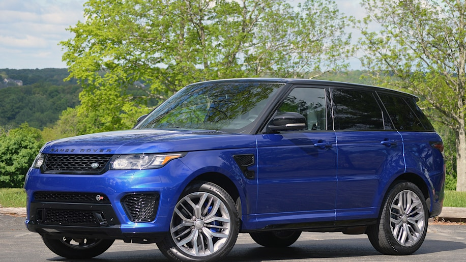 2015 Land Rover Range Rover Sport SVR front 3/4 view