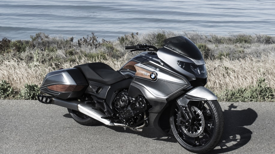 BMW Concept 101 stationary front 3/4