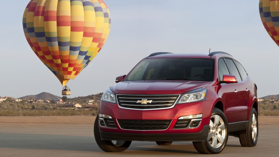 2015 Chevy Traverse in red with hot air balloons