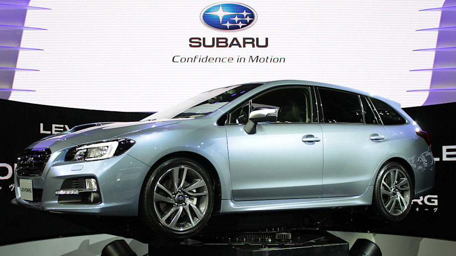 subaru levorg blue green front side