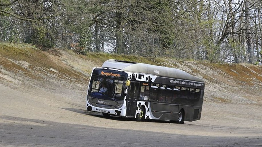 Poo-Powered Bus Sets Speed Record