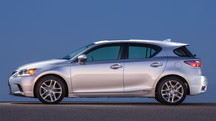 lexus ct 200h gets four changes for 2016 autoblog rh autoblog com CT 200H Body Kit CT 200H Rims