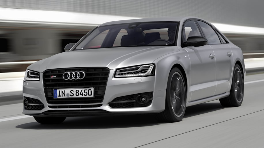 2016 Audi S8 Plus front 3/4 moving