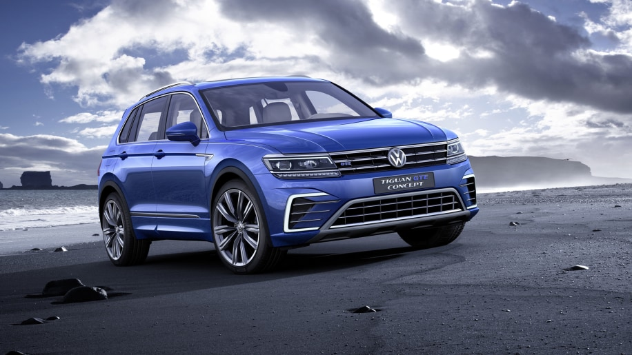 blue vw tiguan gte front three quarters