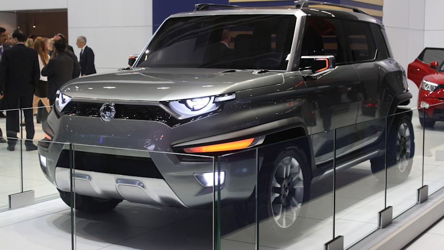 Ssangyong XAV concept unveiled at the 2015 Frankfurt Motor Show, front three-quarter view.