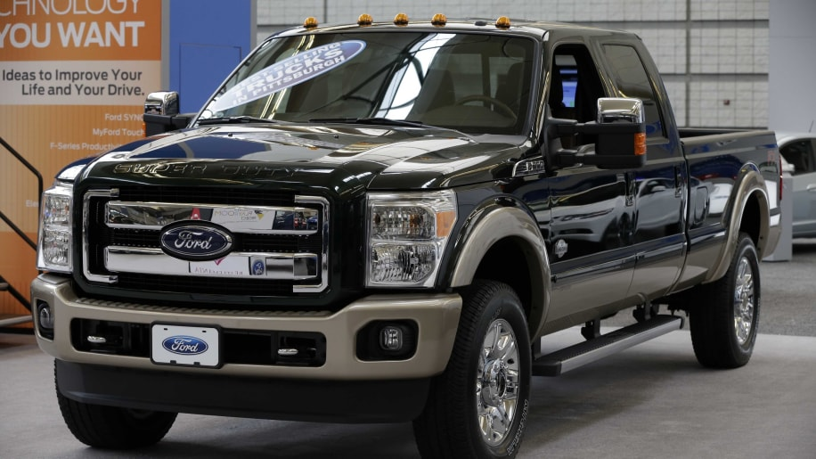 Ford F-350 in black